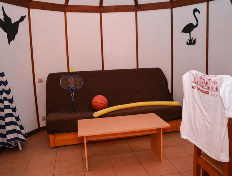Stay Camarguaise hut rental for 2/4 people